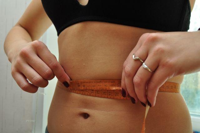Если объём талии у женщин больше 80 см, то риск развития сахарного диабета высокий.