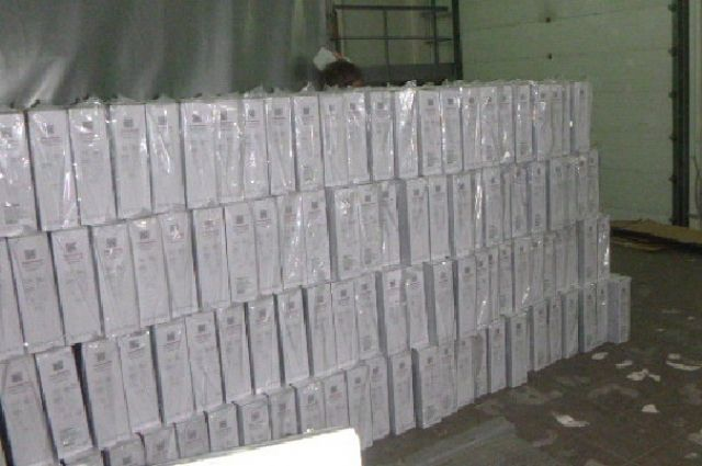 Из Калининграда в Москву пытались тайком провезти 800 телевизоров.