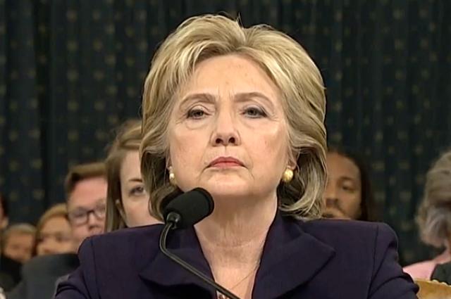 Хиллари Клинтон поздравила Дональда Трампа потелефону