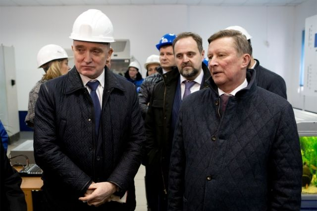 Борис Дубровский вместе с Сергеем Ивановым и другими гостями из Москвы ознакомились с экологическими программами челябинских предприятий.