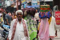 Члены индийских семей приняли югорских гостей с радушием.