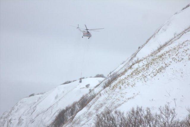 Два алтайских села отрезаны отмира из-за схода лавины