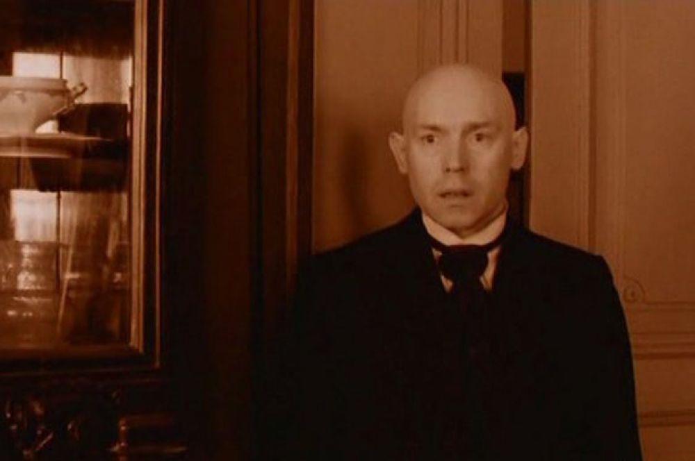 Сухоруков признается, что своими картинами Балабанов «сделал» его, а он в свою очередь помог ему. В фильме «Про уродов и людей» (1998).