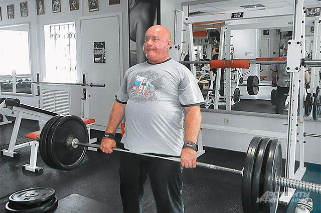 Владимир Чернышов. Поднять 260 кг - пустяк!