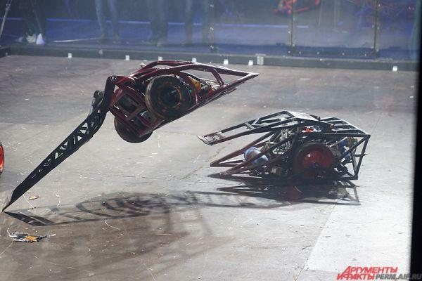 В результате ожесточённой битвы победу одержала подмосковная команда Solarbot.