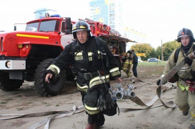 Люди были спасены на пожаре в многоэтажке