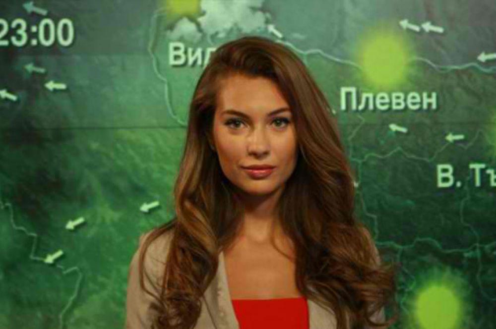 Болгарскую модель Николь Станкулову называют самой красивой ведущей прогноза погоды в стране. Девушка также является лицом одной из национальных телекомпаний.