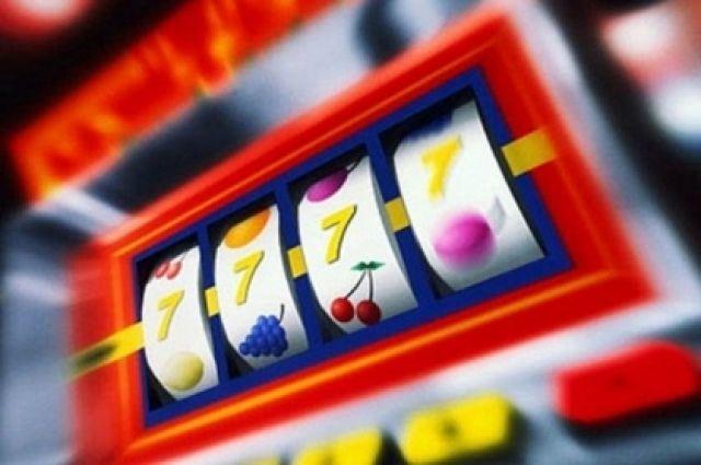 В арендованном помещении мужчина установил 15 игровых автоматов.