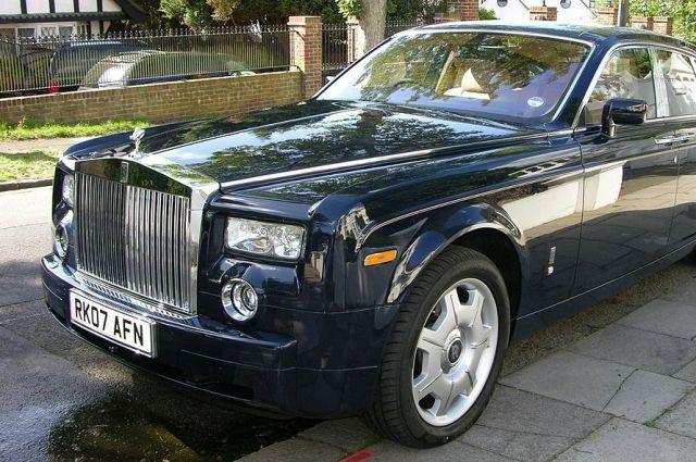 Rolls-Royce продал в России 91 автомобиль