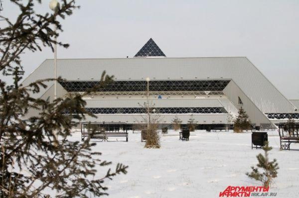 Ледовый лворец в Иркутске считается самым долгим «долгостроем».