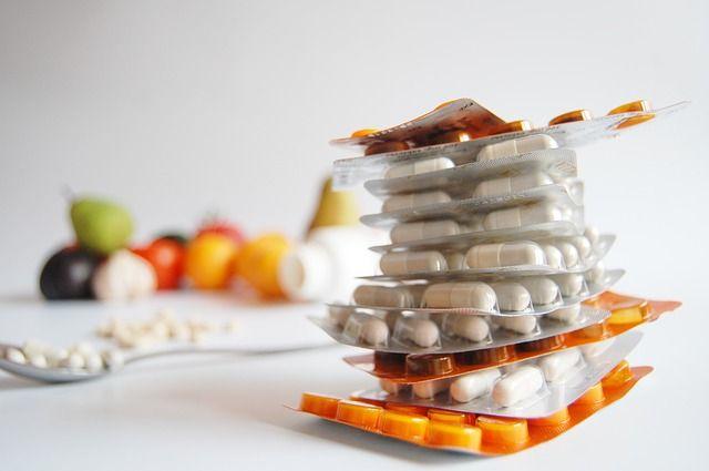 Еще не заболевшим ОРВИ следует принимать витамины.