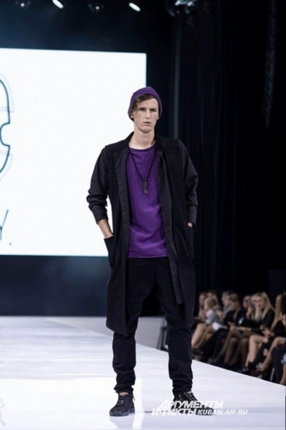 А краснодарский модельер Юлия Скопец шьет одежду для мужчин.