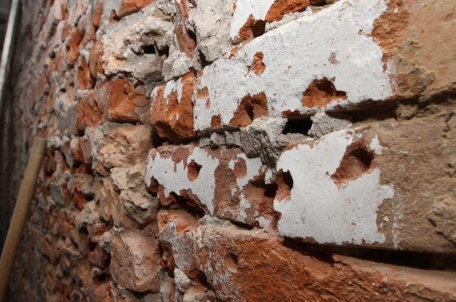 В жилом доме в Калининградской области обрушились перекрытия между этажами.