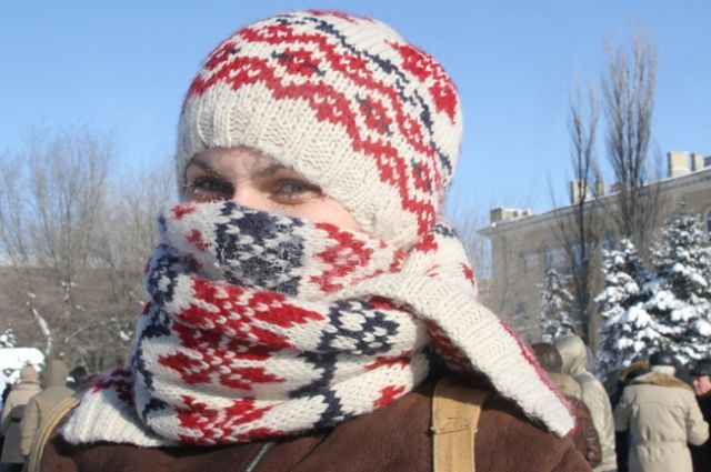 В мороз рекомендуют одеваться теплее