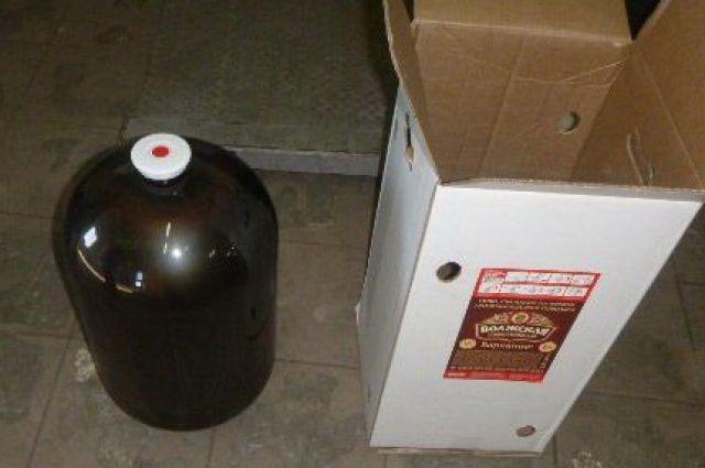 Более двух тонн пива без документов задержали калининградские таможенники.