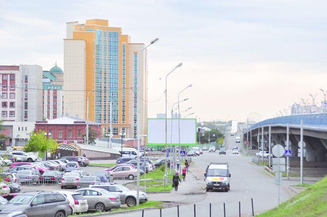 Главный корпус ОмГУ им. Ф. Достоевского стал для Омска проблемной стройкой.