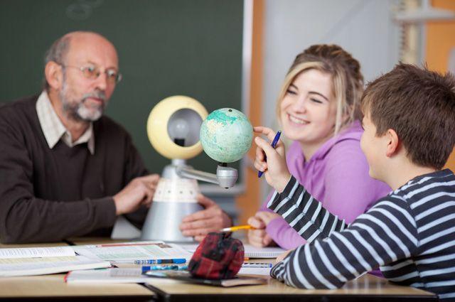 Астрономия как наука позволяет лучше понять физику и математику.