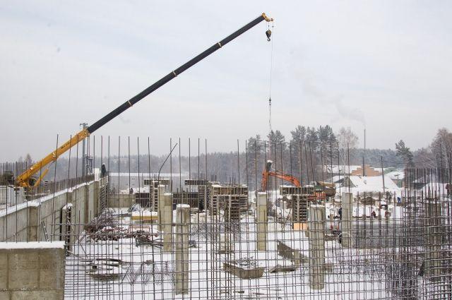 В деревне Универсиады полным ходом ведётся строительство.
