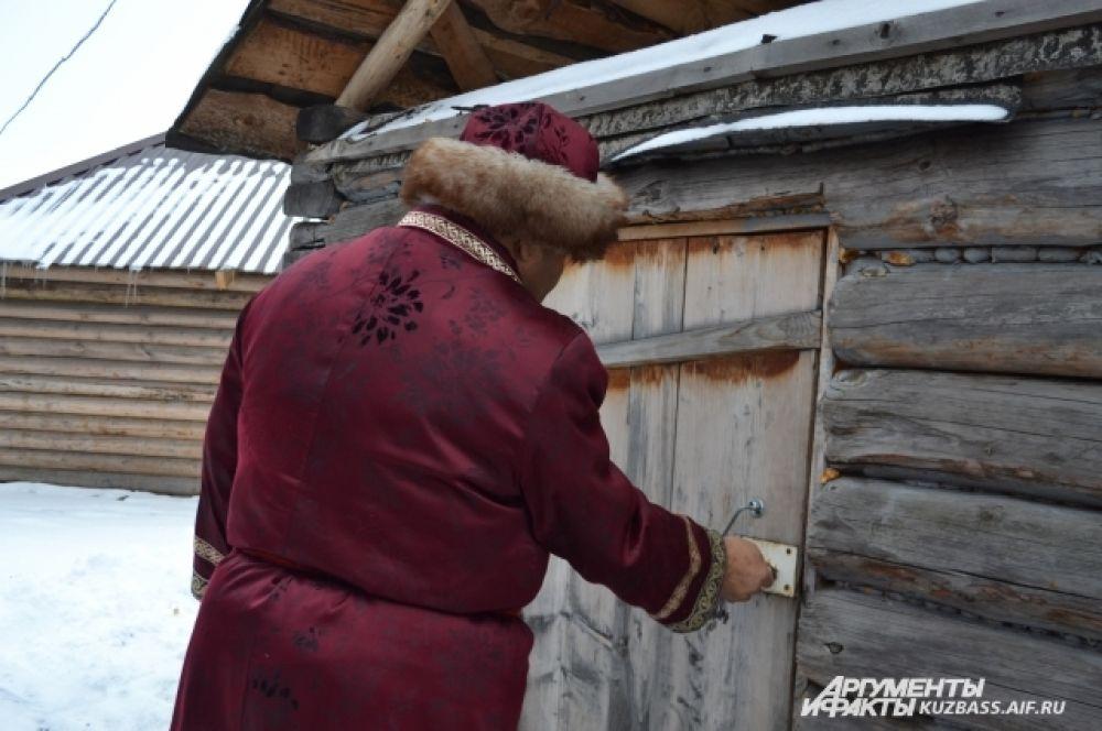 «Я сам со своей пенсии вкладываю деньги в развитие музея», – говорит Владимир Ильич.