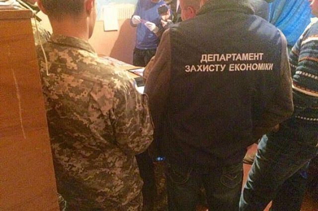 НаПолтавщине арестовали заместителя комбата, каждый месяц вымогавшего «дань» своеннослужащих