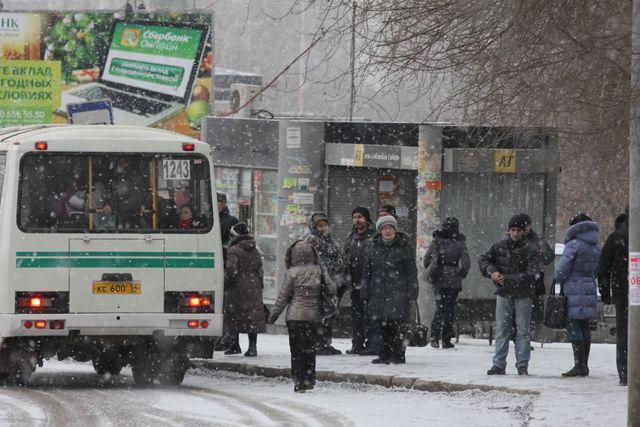 В морозы общественный транспорт ходит с трудом