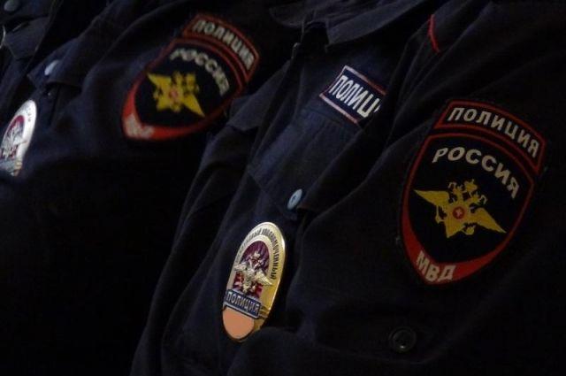 ВКрасноярске полицейский превысил полномочия