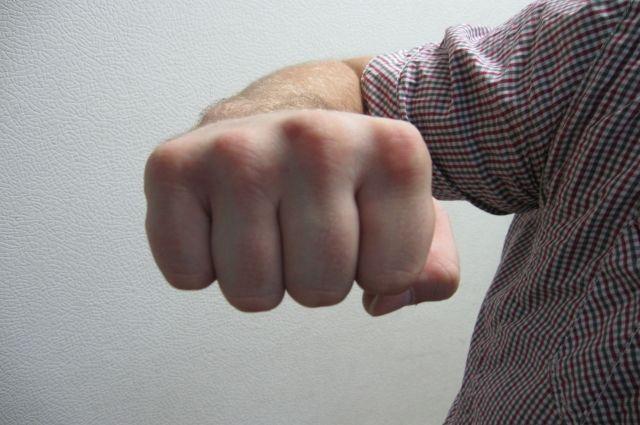 Вэлитной школе Иркутска ребенок безжалостно избил кулаками иногами одноклассницу