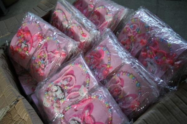 Одна из коммерческих фирм подала декларацию на товар – партию детских игрушек.