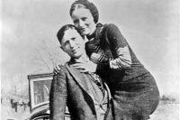 Бонни и Клайд в марте 1933.