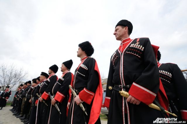 Сейчас в регионе насчитывается 26 казачьих обществ.