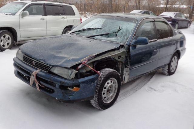 Вот таким стал автомобиль после аварии.