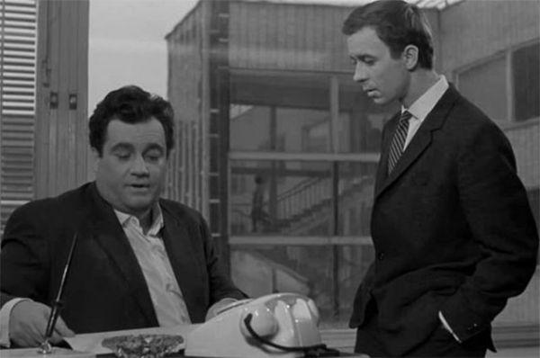 Кинолента «Дайте жалобную книгу», 1964 год. Здесь известный кинорежиссер исполнил роль редактора газеты «Юность», который опубликовал критическую статью о плохом обслуживании в ресторане «Одуванчик».