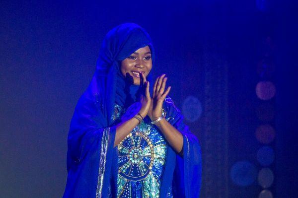 Изюминкой конкурса стало дефиле в национальных костюмах.