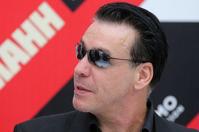 Солист группы Rammstein Тилль Линдеманн на презентации своей книги «В тихой ночи. Лирика».