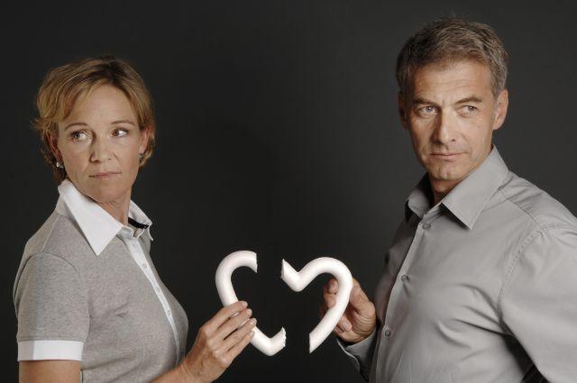 Специалисты уверены: чтобы сохранить брак, об обидах лучше говорить сразу.