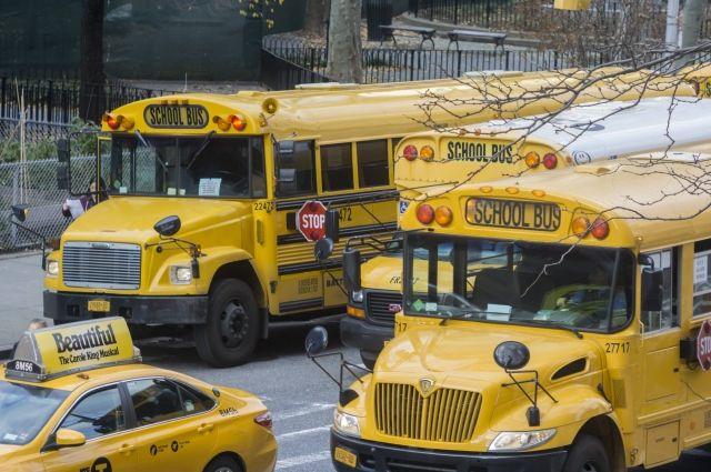 ВСША упал набок автобус сошкольниками