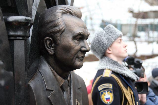 В столице России откроют монумент первому секретарю Татарского обкома КПСС Фикряту Табееву