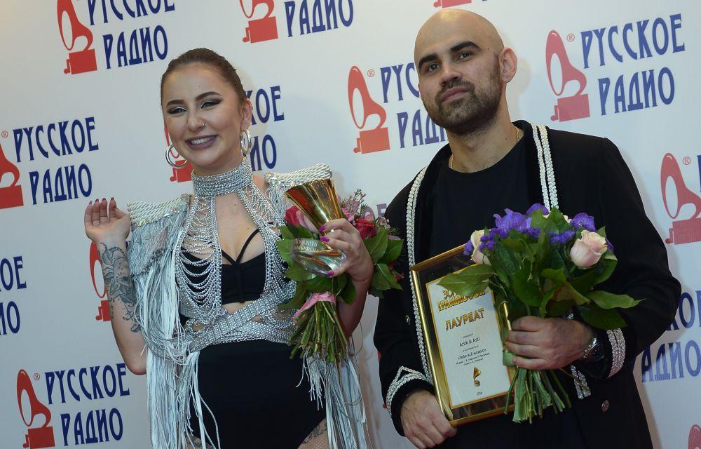 Дуэт Артик иАсти (Artik &Asti) наXXI Церемонии вручения национальной музыкальной премии «Золотой граммофон» вСК«Олимпийский» вМоскве.