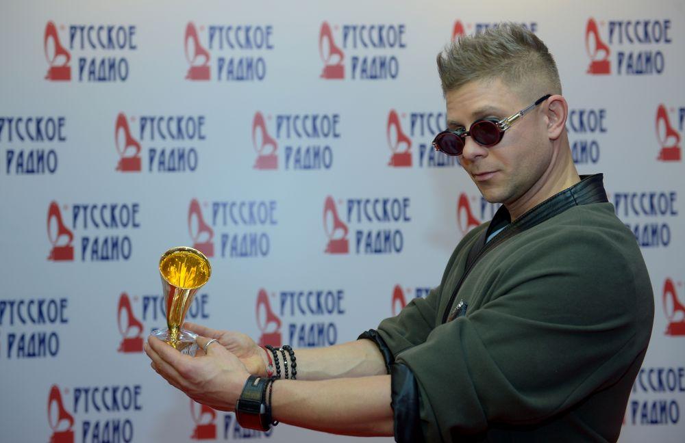 Певец Митя Фомин наXXI Церемонии вручения национальной музыкальной премии «Золотой граммофон» вСК«Олимпийский» вМоскве.
