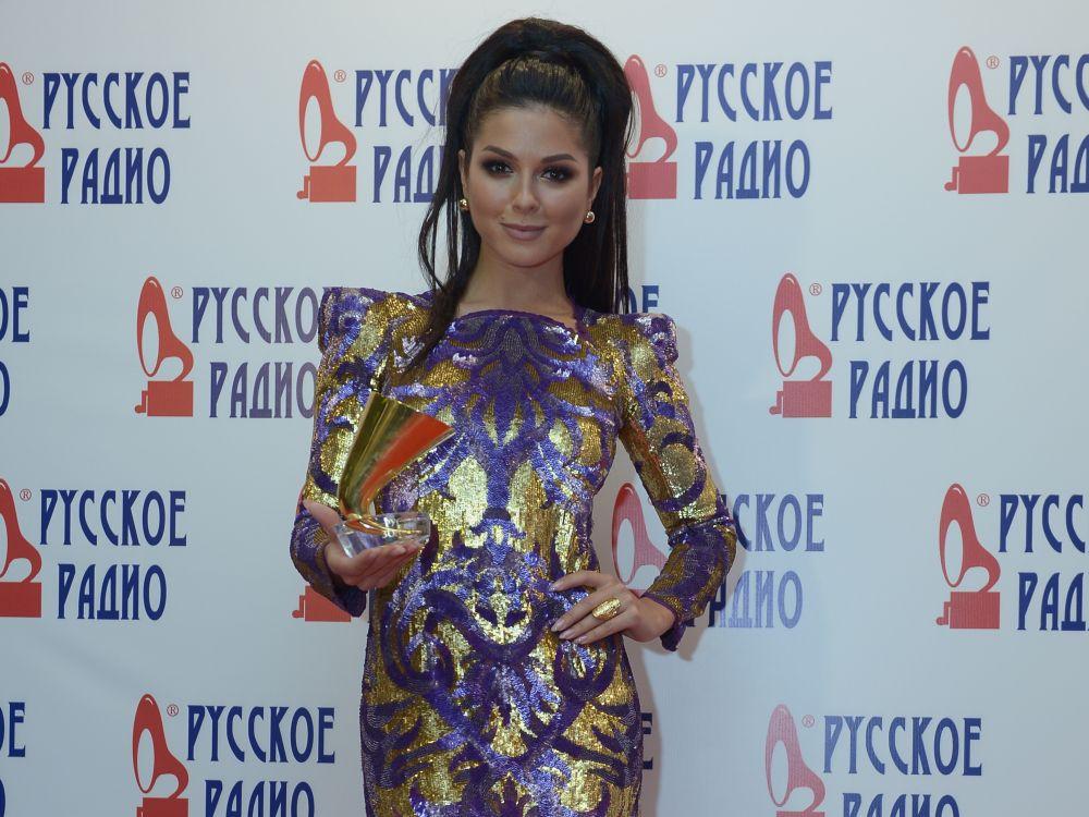 Певица Нюша наXXI Церемонии вручения национальной музыкальной премии «Золотой граммофон» вСК«Олимпийский» вМоскве.