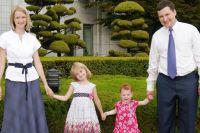 Самое главное в жизни, по мнению Дениса Баранова, - семья.
