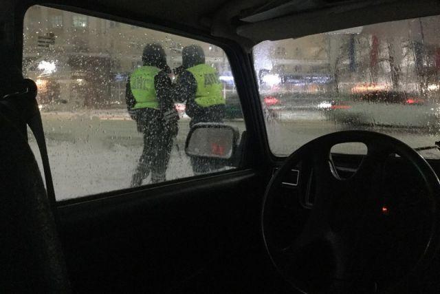 ДТП с водителем без прав произошло в городе
