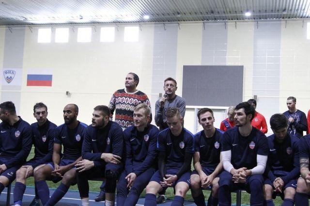 Тренер Андрей Тихонов поблагодарил команду, которая, по его мнению,