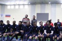 """Тренер Андрей Тихонов поблагодарил команду, которая, по его мнению, """"сделала большой шаг вперед, держалась вместе при неудачных играх""""."""