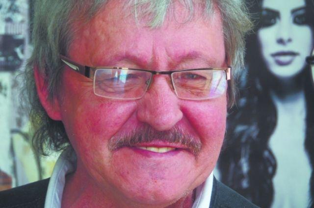 Автор Соболька Кеши умер в США, в своем доме в Висконсине.
