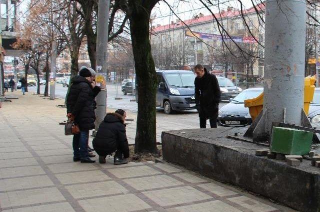 Ремонт тротуаров на Ленпроспекте в Калининграде завершат к 18 декабря.