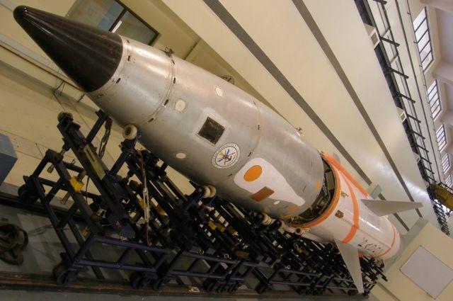 ВИндии осуществлен успешный запуск первой баллистической ракеты