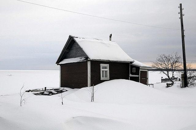 Кузбассовец оставил троих детей вхолодном доме: ребёнок получил обморожение