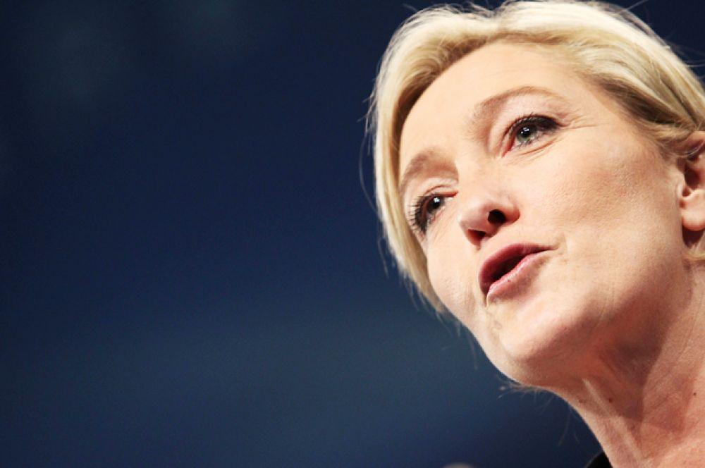 О намерении принять участие в предстоящих выборах официально объявляла лидер партии «Национальный фронт» Марин Ле Пен.