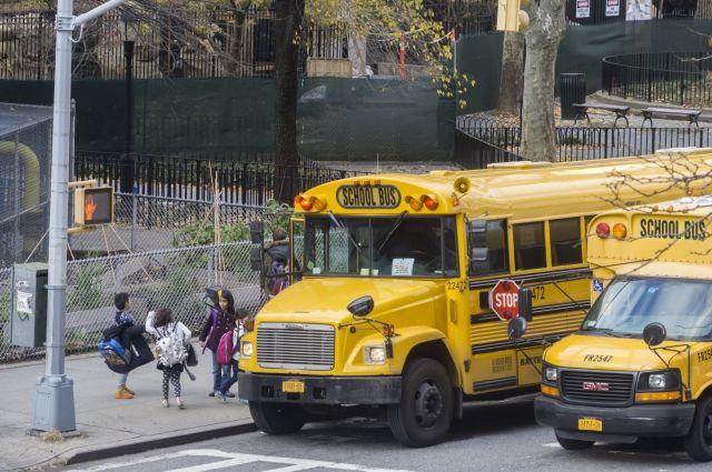 ВСША случилось ДТП сошкольным автобусом, 12 человек погибли